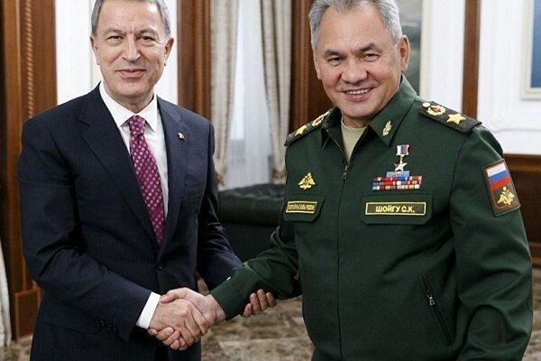 وزرای دفاع روسیه و ترکیه درباره ادلب رایزنی کردند